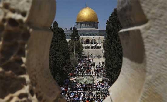 """لأول مرة.. محكمة إسرائيلية تقر بحق اليهود في أداء """"صلاة صامتة"""" في الأقصى"""