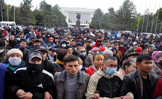 اضطرابات قرغيزستان.. توجه لتشكيل حكومة جديدة والأمم المتحدة تدعو للهدوء