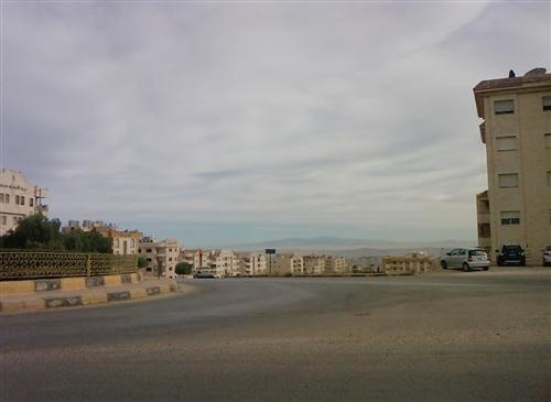 محافظ إربد : رفع العزل المفروض على بلدة النعيمة
