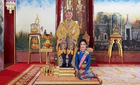تسرّيب صور حميمية لعشيقة ملك تايلاند