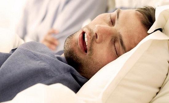 دراسة: الشخير يزيد احتمال الوفاة بفيروس كورونا 3 مرات