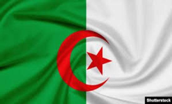 مرشحون لرئاسة الجزائر يرفضون التدخل الأوروبي في شؤون بلادهم