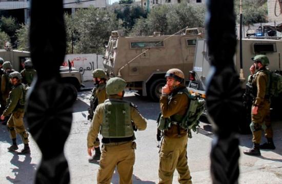 إصابة برصاص الاحتلال بالضفة واعتقال صحفي من القدس