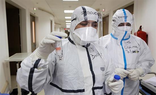 71 وفاة جديدة بفيروس كورونا و 454 حالة على أسرّة العناية الحثيثة