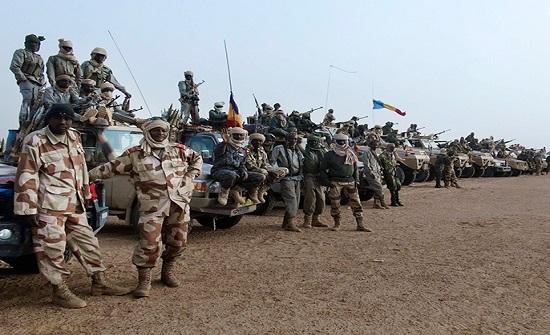 القوات التشادية المشاركة بتحالف عسكري دولي تعود من أجل حماية العاصمة بعد مقتل ديبي