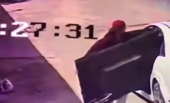 شاهد: سرقة شاشة تلفزيون وبلاستيشن من استراحة بالسعودية