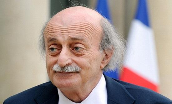 """جنبلاط : هناك من يتبع """"هندسة مدروسة"""" لتخريب ثورة لبنان"""