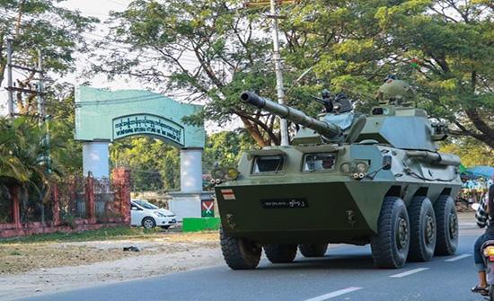 تلميح أوروبي لفرض عقوبات على ميانمار.. واستمرار الاحتجاجات