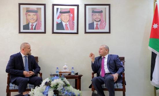 العودات يلتقي ممثل الرئيس الشيشاني لدى الدول العربية والإسلامية