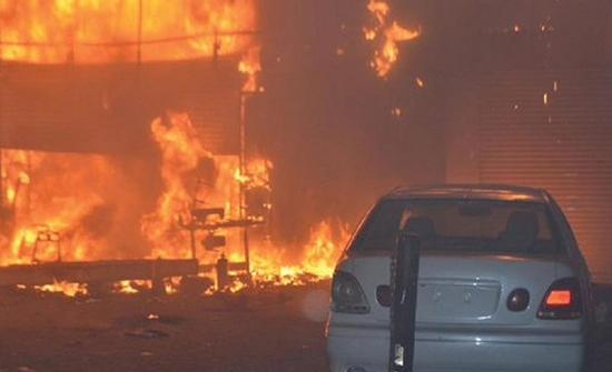 شاب كويتي يحاول حرق والدته .. تفاصيل