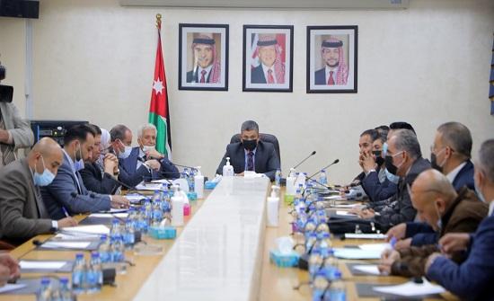 سياحة النواب: لجنة لإيجاد حلول لقضية دور الشاحنات