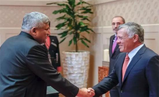 الملك يتقبل أوراق اعتماد السفير الباكستاني