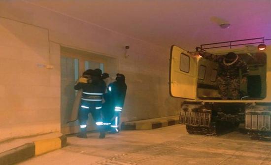 الدفاع المدني يتعامل مع أكثر من 972 شخصا حاصرتهم الثلوج مساء الاربعاء