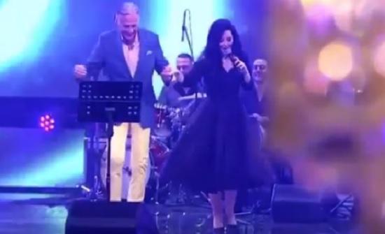 فيديو : ديانا كرزون تغازل مصطفى فهمي وتؤدي معه وصلة رقص