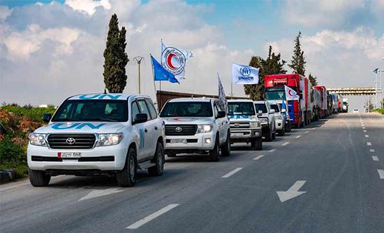 من معبر واحد.. مساعدات إنسانية إلى سوريا