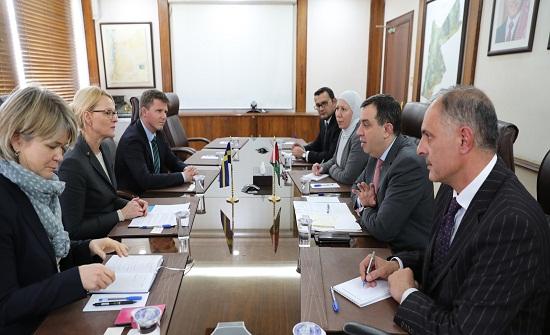 وزير التخطيط يدعو المجتمع الدولي لتوفير تمويل كاف لخطة الاستجابة الأردنية 2018-2020