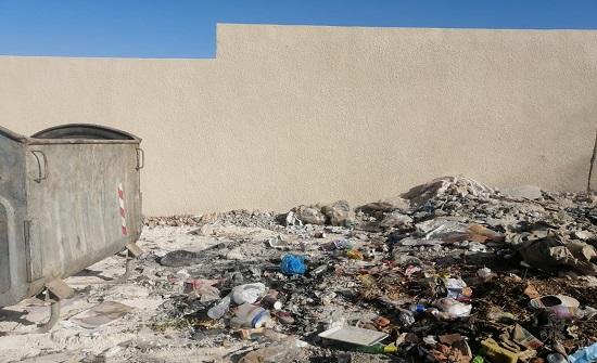كفرنجه:ظاهرة حرق النفايات بالحاويات تلحق ضررا بالبيئة والصحة