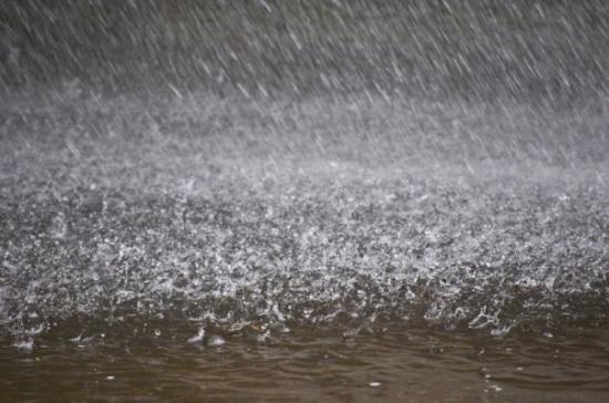 امطار غزيرة في عدة مناطق غرب محافظة المفرق