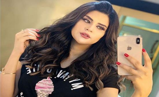 بالفيديو: سلمى رشيد تعتدي بالضرب على رجاء بلمير