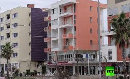 بعد زلزال عنيف ضرب ألبانيا.. السلطات تفجر مباني
