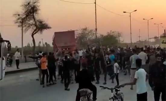 ارتفاع عدد قتلى احتجاجات خوزستان الإيرانية.. بالفيديو