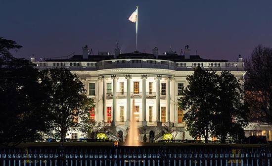 البيت الأبيض: سنقف إلى جانب السعودية لتعزيز قدراتها للدفاع عن نفسها
