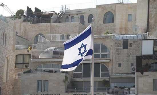 وزير دفاع إسرائيلي سابق يحرض على فلسطيني 48