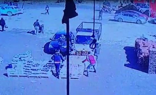 فيديو  : مشاجرة في سوق إربد المركزي