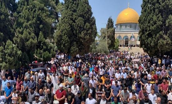 أكثر من 40 ألف مصل أدوا صلاة الجمعة بالمسجد الأقصى المبارك