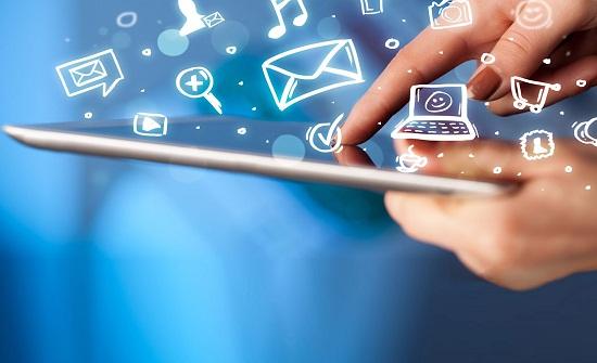 5 إرشادات تعينك على التمتع بخدمات الإنترنت والاتصالات أثناء سفرك