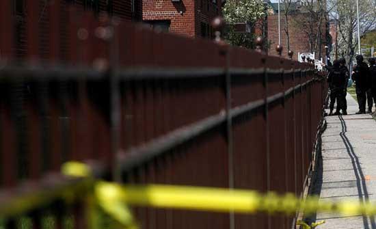 مقتل شخص على الأقل وإصابة إثنين بإطلاق نار في لونغ آيلاند بامريكا .. بالفيديو