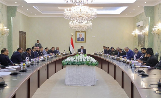 الحكومة اليمنية :مليشيات الحوثي لا تؤمن بالسلام وعلى مجلس الأمن والمجتمع الدولي تحمّل مسؤولياتهم