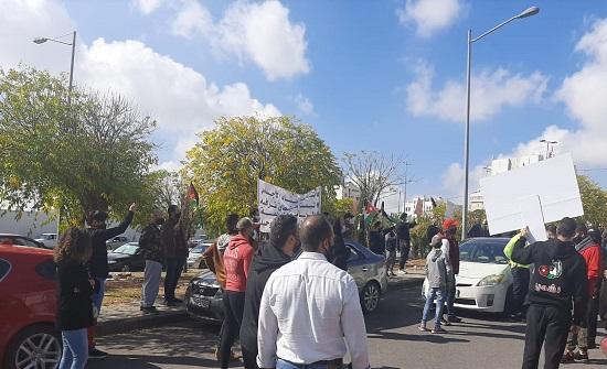 بالصور  : اعتصام اصحاب الأندية الرياضية