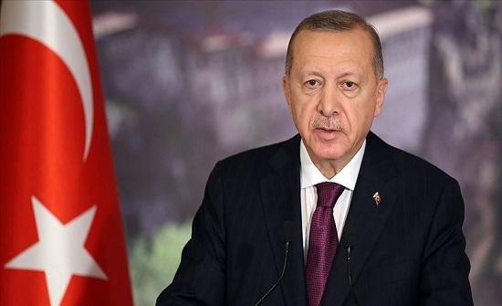 أردوغان: على العالم وضع حد للإساءات باسم الحريات