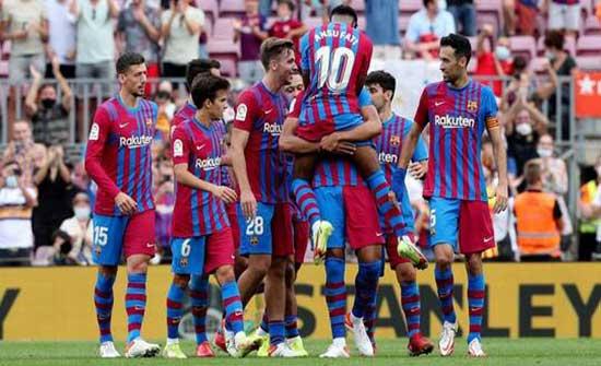 برشلونة يصالح جماهيره بثلاثية في شباك ليفانتي (فيديو)