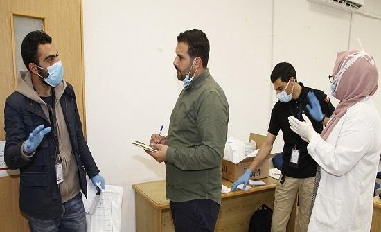 متطوعون يروون تفاصيل مَهمَة توصيل الأدوية لمنازل المرضى