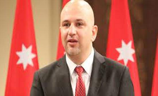 الغرايبة : فرض ضرائب على اعلانات جوجل وفيس بوك في الاردن