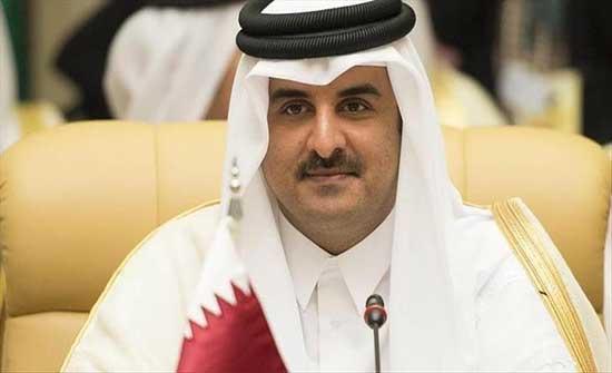 أمير قطر يبحث مع رئيس الحكومة التونسية تعزيز العلاقات الثنائية