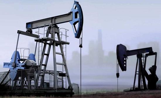 النفط يواصل التراجع مع انتشار فيروس كورونا في الصين