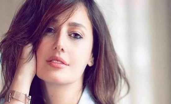 بالصور: بعد خلعها الحجاب.. ظهور جريء لـ حلا شيحة في مهرجان القاهرة