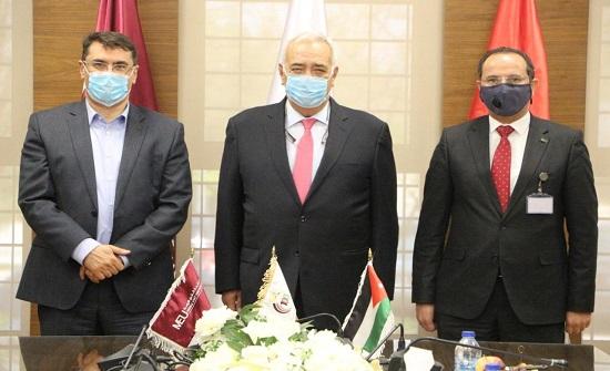 """جامعة الشرق الأوسط MEU توقع مذكرة تعاون مع """"كابيتال بنك"""""""