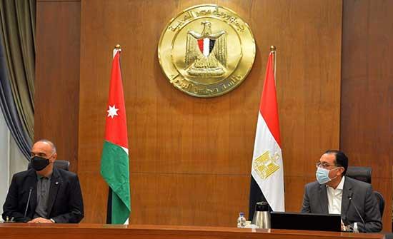 الخصاونة اول مسؤول يستقبل بالعاصمة الإدارية الجديدة بمصر