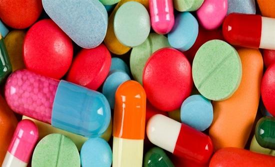 لون الدواء لا يؤثر على العلاج