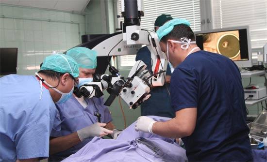 عملية كبرى تجرى لأول مرة في مستشفى الملك المؤسس عبدالله الجامعي