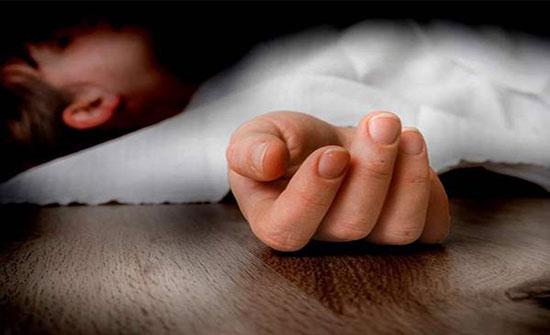 مضطرب نفسيا يذبح طفلته ويلقي جثتها في المياه