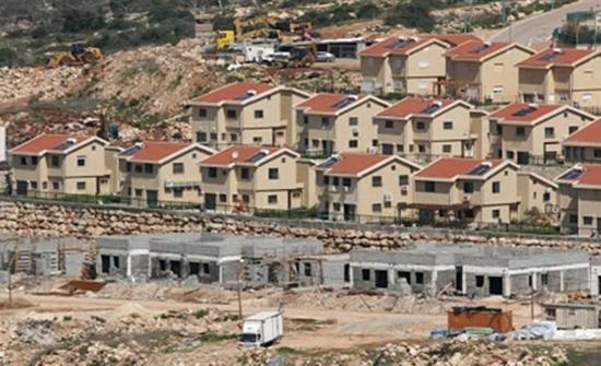 الاحتلال الاسرائيلي يجري أعمال حفريات استيطانية في الخليل