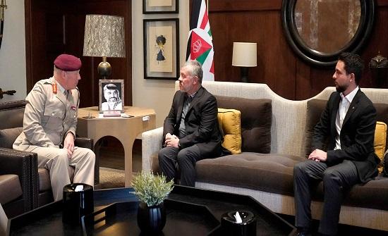الملك يستقبل كبير مستشاري وزارة الدفاع البريطانية للشرق الأوسط