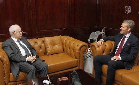 نائب رئيس البعثة السويدية للأردن يودع أبوغزاله