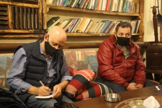 رئيس تجارة عمان يلتقي مجموعة من اصحاب المقاهي
