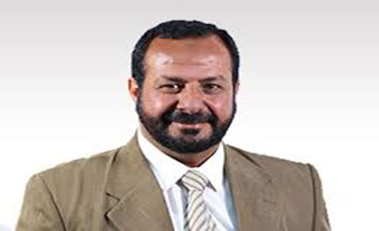 وفاة نقيب المعلمين بحادث سير على الطريق الصحراوي